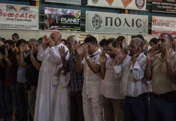Священникам не дает покоя будущая мечеть Афин